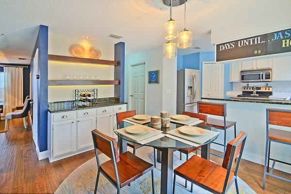 dining room decorating ideas and designs Remodels Photos A.Clore Interiors Sanford Florida United States contemporary-kitchen-001