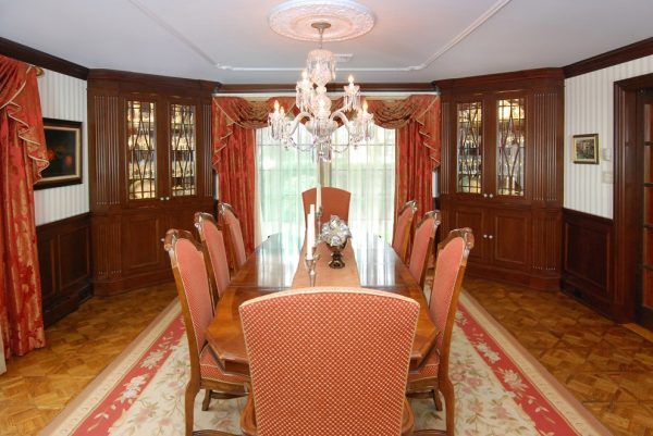 dining room decorating ideas and designs Remodels Photos AMI Designs Huntington New York United States traditional-dining-room-004