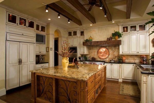 kitchen decorating ideas and designs Remodels Photos 41 West Naples Florida United States mediterranean-kitchen-004