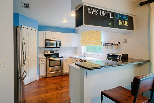 kitchen decorating ideas and designs Remodels Photos A.Clore Interiors Sanford Florida United States eclectic-kitchen