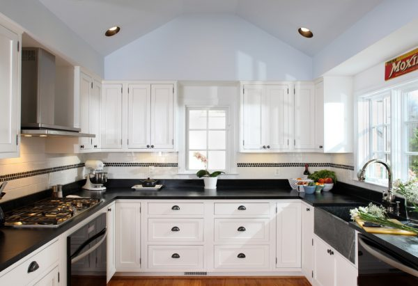 kitchen decorating ideas and designs Remodels Photos AHMANN LLC University Park Univers Maryland United States contemporary-kitchen-001