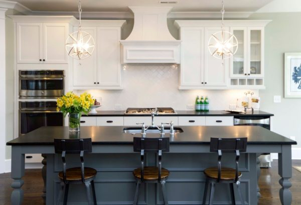 kitchen decorating ideas and designs Remodels Photos Amy Troute Inspired Interior Design Portland Oregon United States transitional-kitchen-001