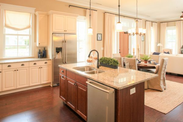 kitchen decorating ideas and designs Remodels Photos Amy Tyndall Design Wilmington, NC Carolina United States traditional-kitchen-007