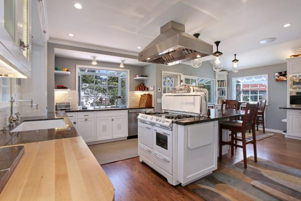 kitchen decorating ideas and designs Remodels Photos Anders Lasater Architects Laguna BeachCalifornia United States traditional-kitchen