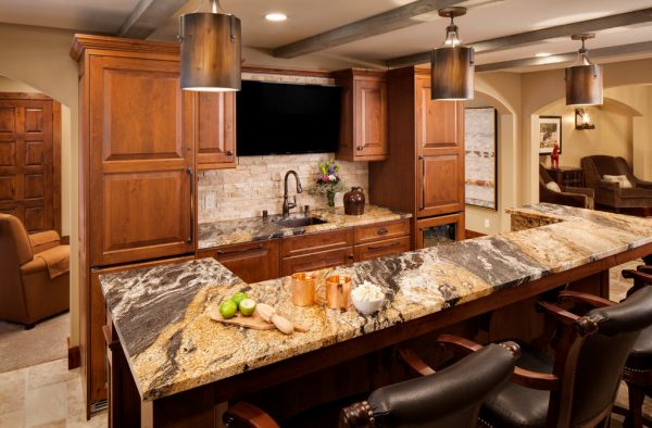 kitchen decorating ideas and designs Remodels Photos Bartelt Delafield Wisconsin United States rustic-kitchen-001