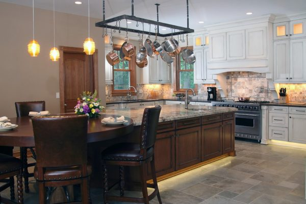 kitchen decorating ideas and designs Remodels Photos Bartelt Delafield Wisconsin United States traditional-kitchen-007