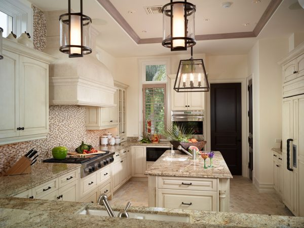 kitchen decorating ideas and designs Remodels Photos Bruce Palmer Design Studio Wilmington Delaware United States traditional-kitchen-003