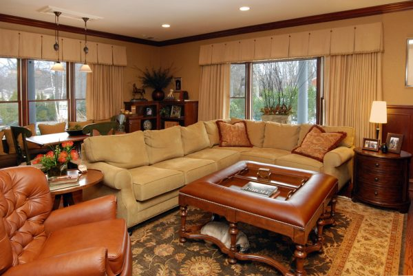 living room decorating ideas and designs Remodels Photos AMI Designs Huntington New York United States traditional-living-room-006