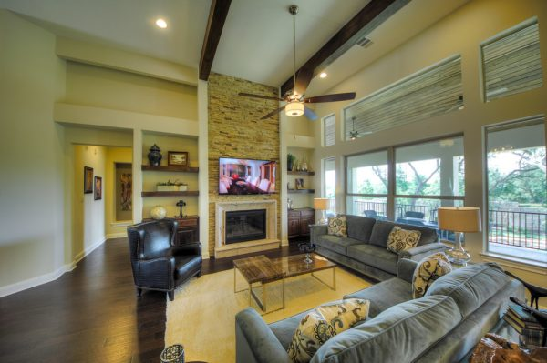 living room decorating ideas and designs Remodels Photos Adam Wilson Custom Homes San Antonio Texas United States contemporary-living-room-006