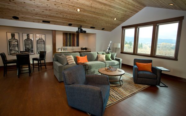 living room decorating ideas and designs Remodels Photos Amy Troute Inspired Interior Design Portland Oregon United States transitional-home-theater