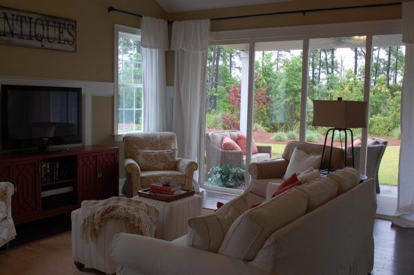 living room decorating ideas and designs Remodels Photos Amy Tyndall Design Wilmington, NCCarolina United States traditional-living-room-014