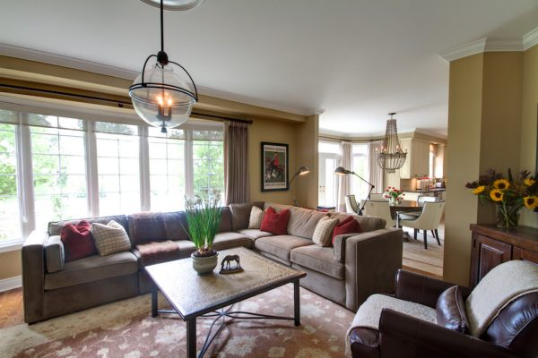 living room decorating ideas and designs Remodels Photos Avalon Interiors Thornhill Ontario Canada traditional-family-room