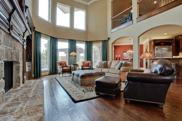 living room decorating ideas and designs Remodels Photos Barbara Gilbert Interiors Dallas Texas United States traditional-family-room
