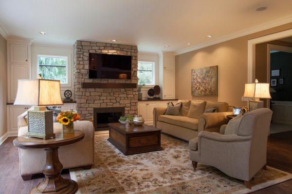 living room decorating ideas and designs Remodels Photos Tina Barclay Lake Oswego Oregon United States traditional-family-room