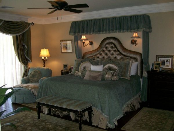 bedroom decorating ideas and designs Remodels Photos Affordable Chic Scottsdale Arizona United States traditional-window-treatments-001