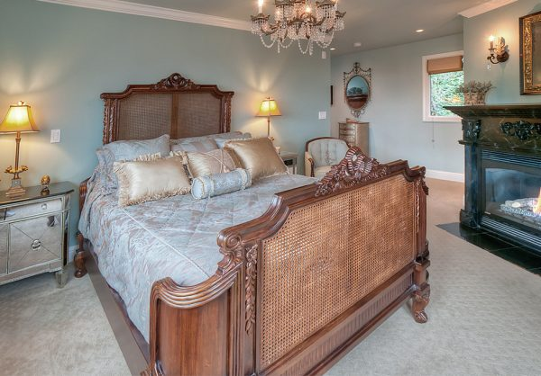 bedroom decorating ideas and designs Remodels Photos Albee Interior Design Bothell Washington United States traditional-bedroom-001
