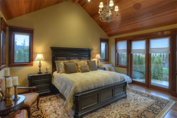 bedroom decorating ideas and designs Remodels Photos Albee Interior Design Bothell Washington United States traditional-bedroom-002