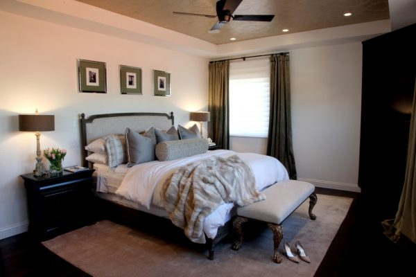 bedroom decorating ideas and designs Remodels Photos Alisa Moffett Interiors Long Beach California United States traditional-bedroom