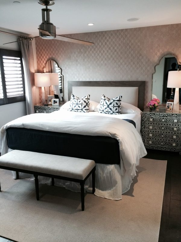 bedroom decorating ideas and designs Remodels Photos Alisa Moffett Interiors Long Beach California United States tropical-bedroom