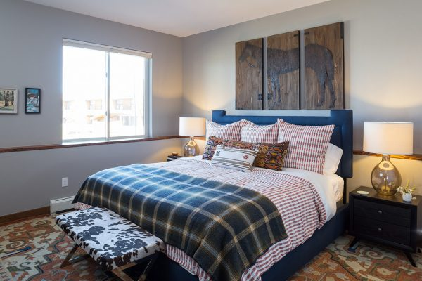 bedroom decorating ideas and designs Remodels Photos Amity Worrel & Co. Austin Texas United States craftsman-bedroom