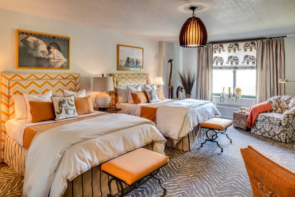 bedroom decorating ideas and designs Remodels Photos Anne Tarasoff Interiors Manhasset New York United States transitional-bedroom