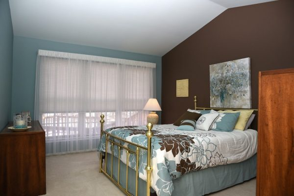bedroom decorating ideas and designs Remodels Photos Aspen Interiors Shelby Township Michigan United States contemporary-bedroom-001