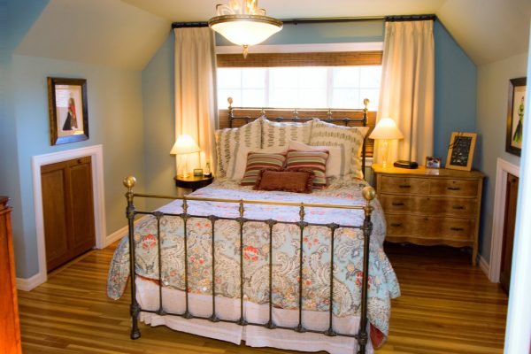 bedroom decorating ideas and designs Remodels Photos D2D Studio, Inc Littleton Colorado United States traditional-bedroom-001