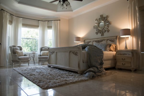 bedroom decorating ideas and designs Remodels Photos DECORATIVA Melbourne Florida United States transitional-bedroom
