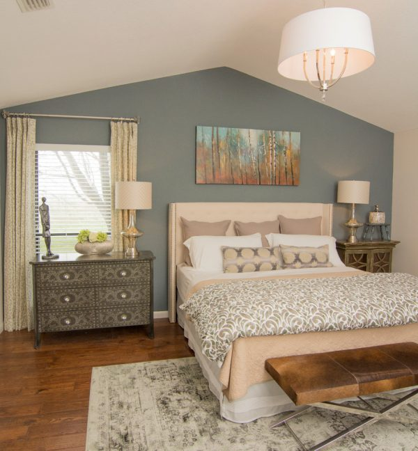 bedroom decorating ideas and designs Remodels Photos DecRenew Interiors Grapevine Texas United States transitional-bedroom-001