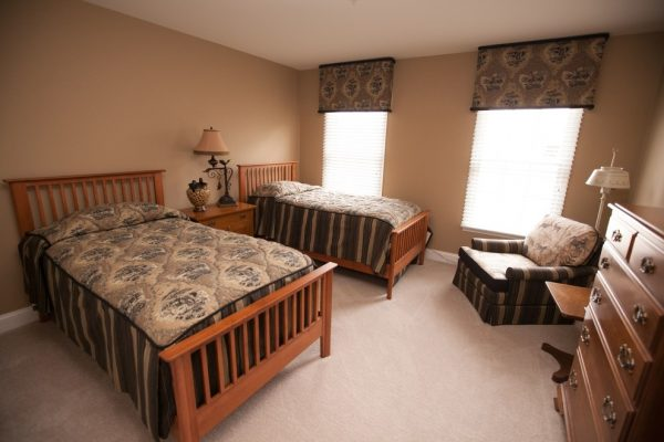 bedroom decorating ideas and designs Remodels Photos Designer's Choice Interiors Plymouth Michigan United States traditional-bedroom-003
