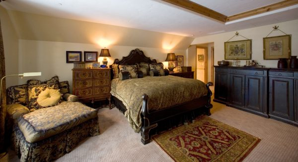 bedroom decorating ideas and designs Remodels Photos Djuna Design Studio Colorado Denver United States rustic-bedroom-001