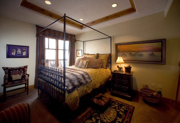 bedroom decorating ideas and designs Remodels Photos Djuna Design Studio Colorado Denver United States rustic-bedroom-005