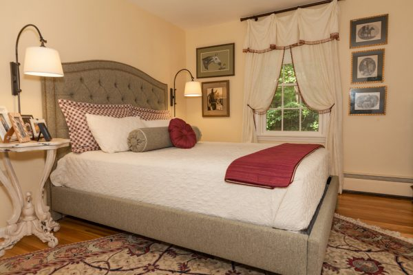 bedroom decorating ideas and designs Remodels Photos Done in a Day Decorating Marlborough Massachusetts United States traditional-bedroom-005