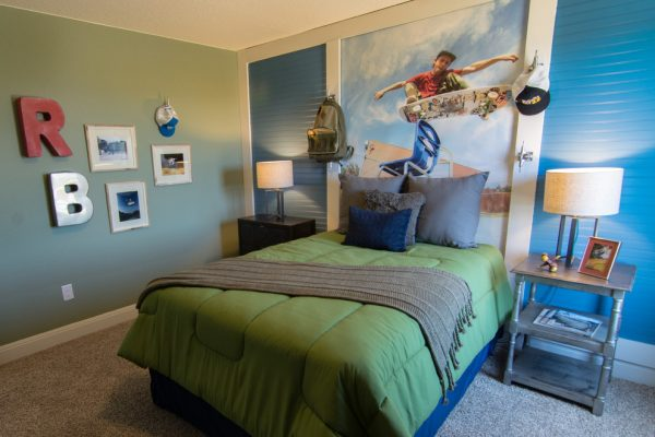 bedroom decorating ideas and designs Remodels Photos Dy Lynne Décor, Inc. San Antonio Texas United States contemporary-kids-001