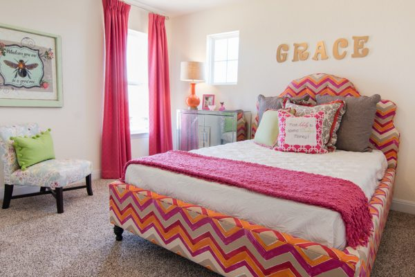 bedroom decorating ideas and designs Remodels Photos Dy Lynne Décor, Inc. San Antonio Texas United States contemporary-kids