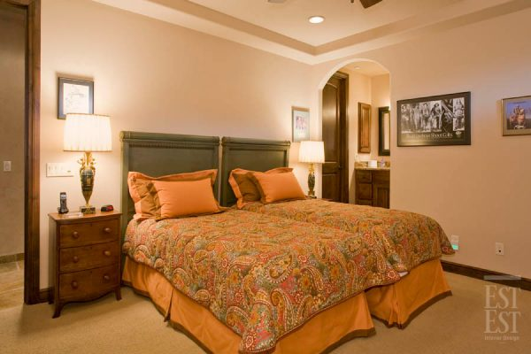 bedroom decorating ideas and designs Remodels Photos Est Est, Inc. Scottsdale Arizona United States mediterranean-bedroom-002
