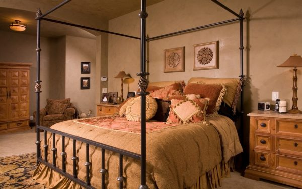 bedroom decorating ideas and designs Remodels Photos Faith Sheridan Seattle Washington United States mediterranean