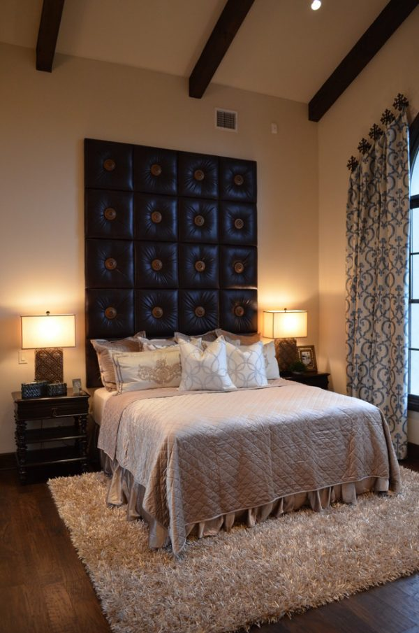 bedroom decorating ideas and designs Remodels Photos Finishing Touches Interior Design San Antonio Texas United States traditional-bedroom