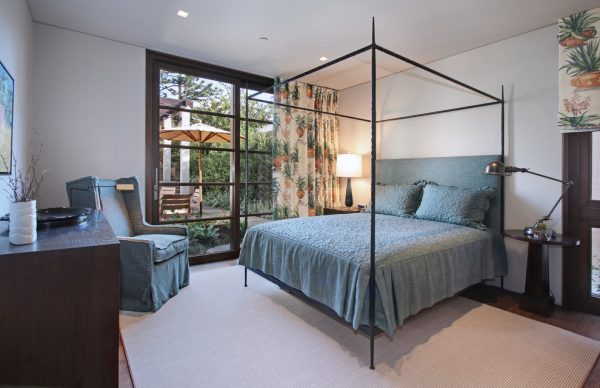 bedroom decorating ideas and designs Remodels Photos GARY FINLEY, ASID Laguna Beach California United States contemporary-bedroom-001