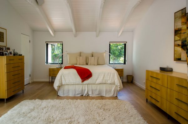 bedroom decorating ideas and designs Remodels Photos Haitani Design Menlo Park California United States midcentury-bedroom