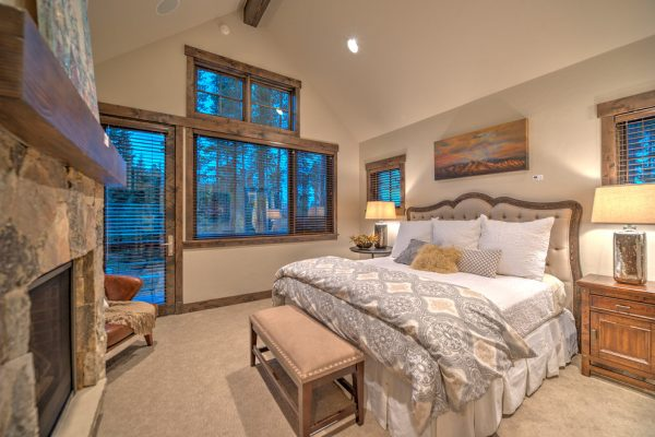 bedroom decorating ideas and designs Remodels Photos Harmony Interiors Frisco Colorado United States rustic-bedroom