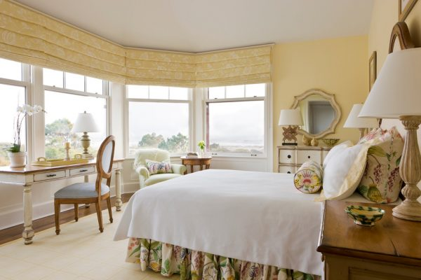 bedroom decorating ideas and designs Remodels Photos Hughes Design Associates Sarasota Florida United States traditional-bedroom-001