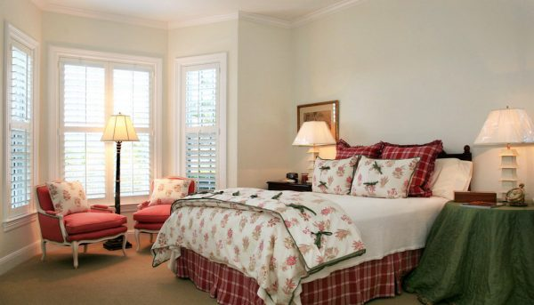 bedroom decorating ideas and designs Remodels Photos JMA INTERIOR DESIGN Jupiter Florida United States tropical