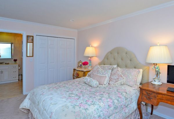 bedroom decorating ideas and designs Remodels Photos Jody Sokol Design Northport New York United States traditional-bedroom-001