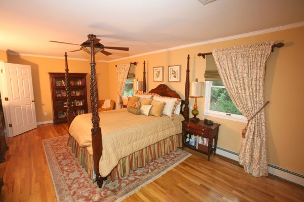 bedroom decorating ideas and designs Remodels Photos Jody Sokol Design Northport New York United States traditional-bedroom-002