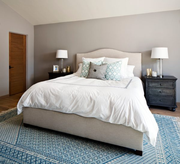 bedroom decorating ideas and designs Remodels Photos KW Designs Solana Beach California United States contemporary-bedroom-001