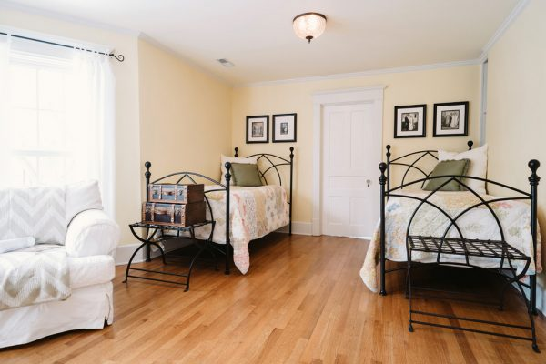 bedroom decorating ideas and designs Remodels Photos Kara O'Connor Interiors Chicago Illinois United States traditional-bedroom