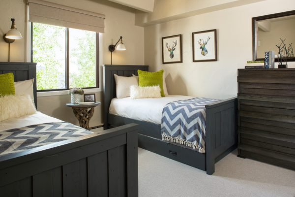 bedroom decorating ideas and designs Remodels Photos LKW Design Associates Edwards Colorado United States transitional-kids-001