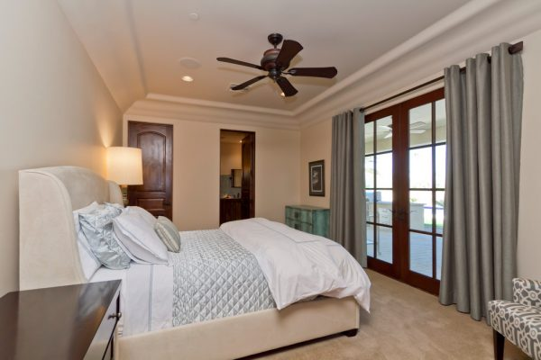 bedroom decorating ideas and designs Remodels Photos LMK Interiors LLC Scottsdale Arizona United Statestransitional-bedroom
