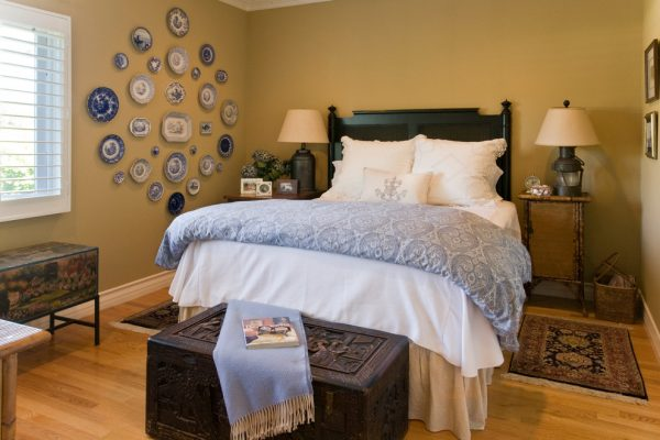 bedroom decorating ideas and designs Remodels Photos Linda Rosen Interiors Los Angeles California United States traditional-bedroom-002